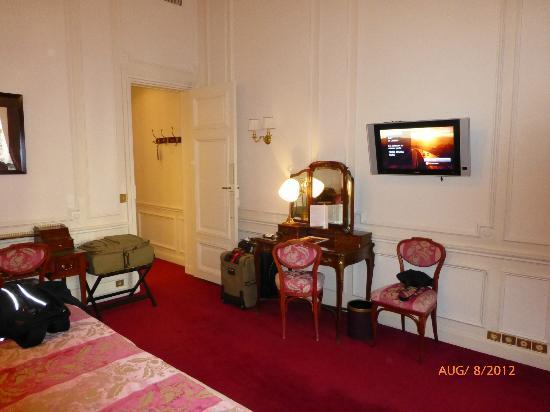 Regina Hotel: Room