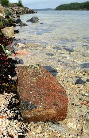 Chupa, Russia: Вот почему это море называют белым. Беломорское побережье, 2012