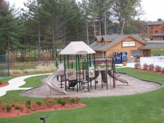 Northern Bay Resort : Playground