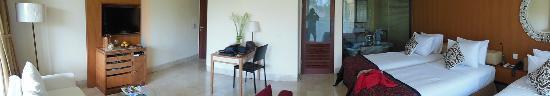 Komaneka at Rasa Sayang: escritorio