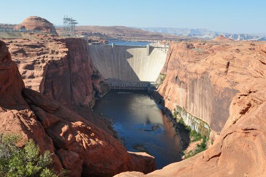 ‪Glen Canyon Dam‬