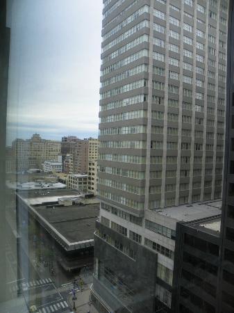 Philadelphia Marriott Downtown : looking east