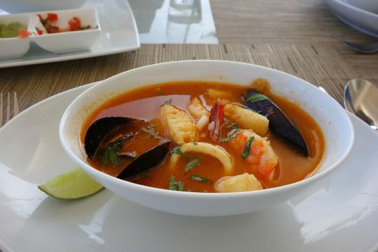 Blue Diamond Luxury Boutique Hotel: Our favorite seafood soup