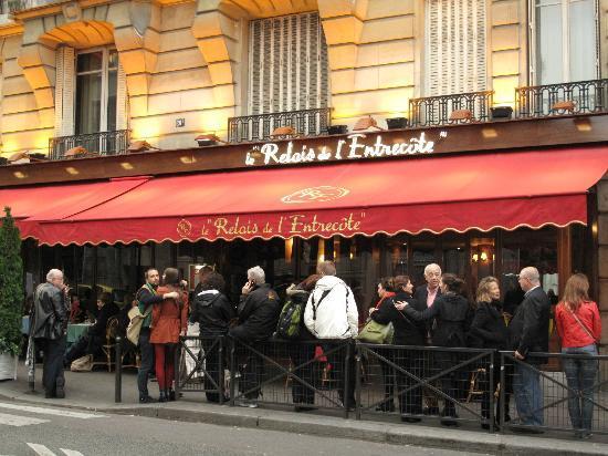 Restaurant Rue St Benoit Paris