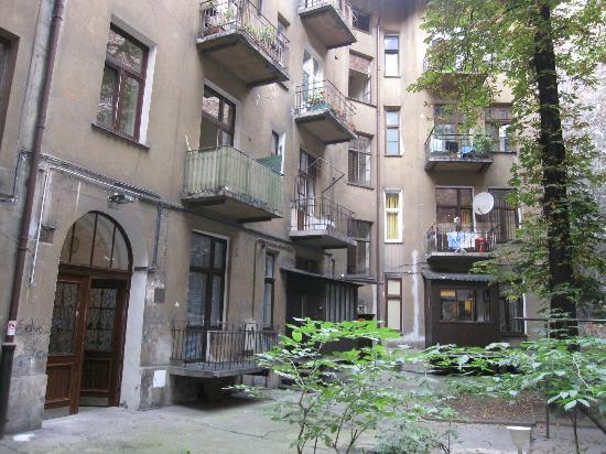 Angel House Bed & Breakfast : Central courtyard shared by other buildings