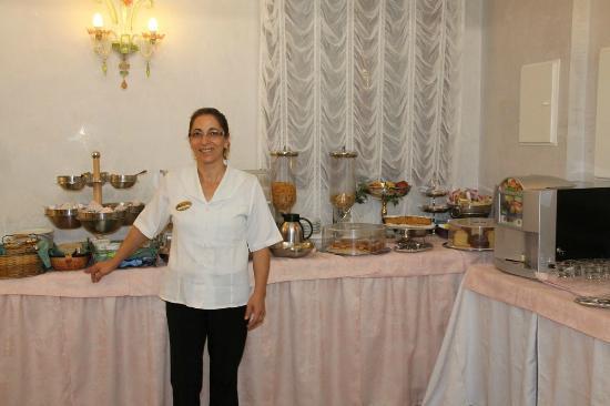Hotel da Bruno: Carmella's delicious breakfast