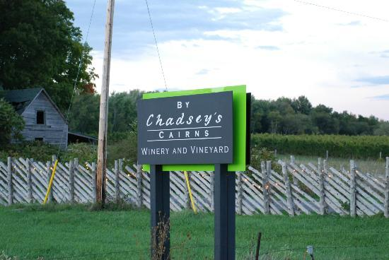 写真By Chadsey's Cairns Winery and Vineyard枚