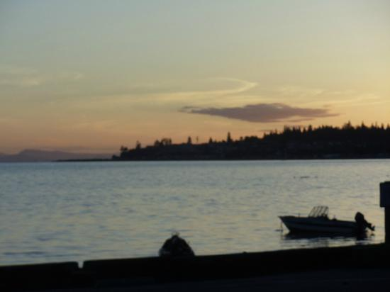 Birch Bay Get Away: Sunset - just across the road from the cottage