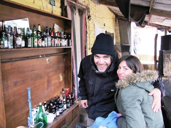 El Puesto Hostel: barra, todas las cervezas alemanas