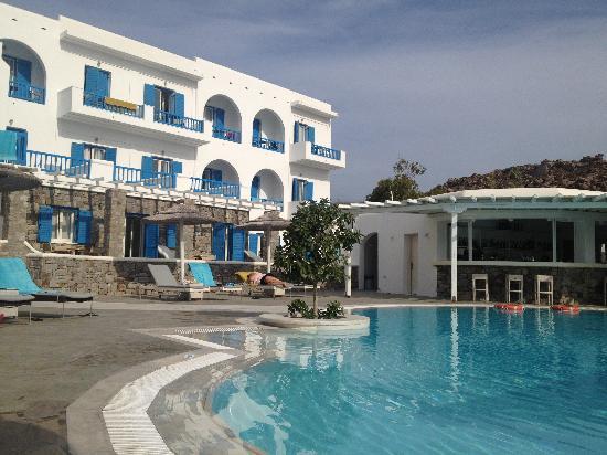 Argo Hotel Mykonos: Pool area