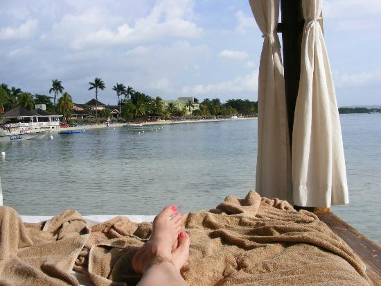 Sandals Negril Beach Resort & Spa: The view from the cabana