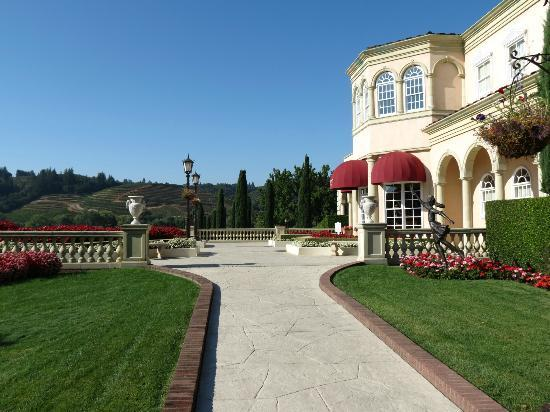 Ferrari-Carano Winery: the winery