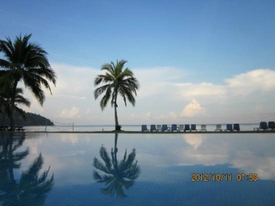 Pangkor Island Beach Resort: View from Paciic Pool