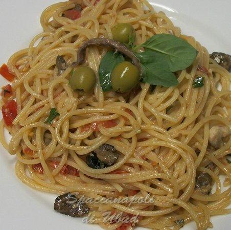 spaghetti vesuviana at spaccanapoli di ubud