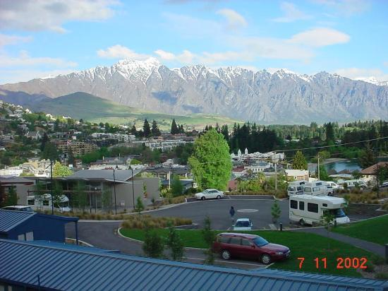 Queenstown Lakeview Holiday Park Day