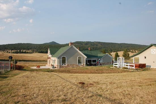 High Prairie Lodge: so beautiful