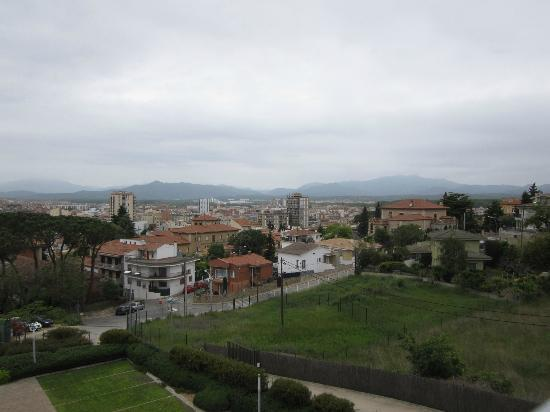 AC Hotel Palau de Bellavista: View of Girona from the terrace