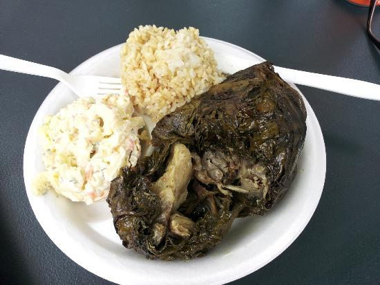 Eagles Lighthouse Cafe: Lau Lau, pulled pork wrapped and steamed in taro leaf