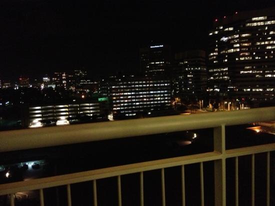 Hilton Phoenix Suites: balcony