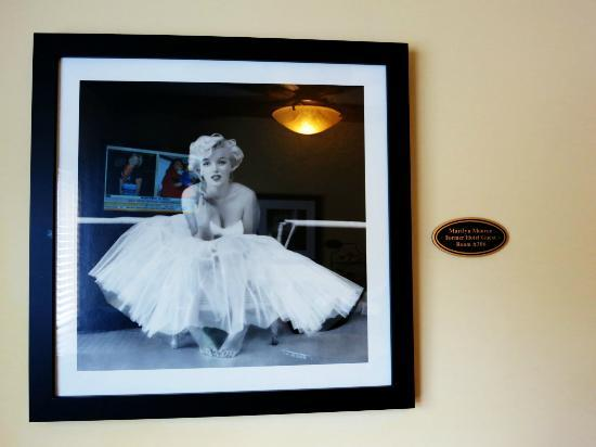 The Hotel Hollywood: late marilyn monroe's photo and room number