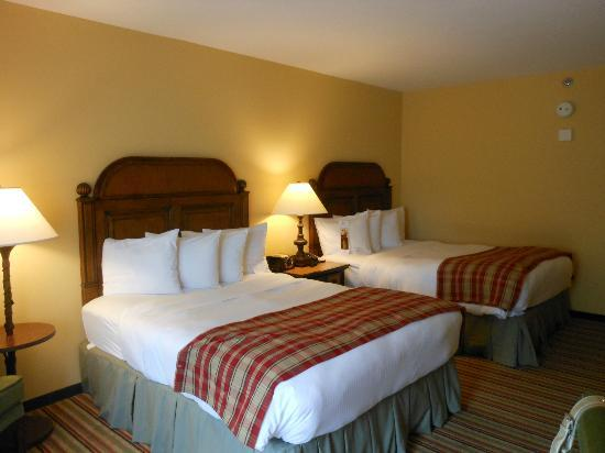The Lodge and Spa at Callaway Gardens: Guest room beds