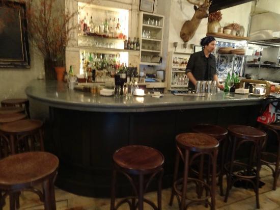 Freemans Restaurant : Elite Bar Steward