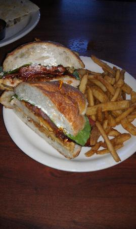 Brown's Brewing Company: Hickory Chicken Sandwich