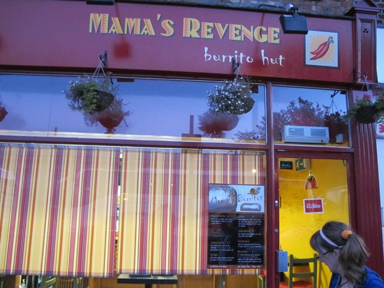Mama's Revenge Burrito Hut: Front Door