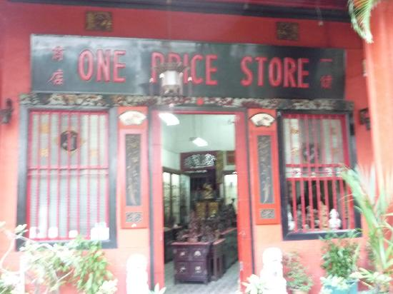 Emerald Hill: One Price Shop,Step back in time