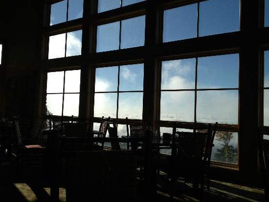 The Lodge at Mount Magazine: View from Dining area in lodge