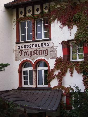 Castel Fragsburg: Charming hotel entrance