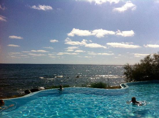 Hotel Costa dei Fiori: Now thats a view!