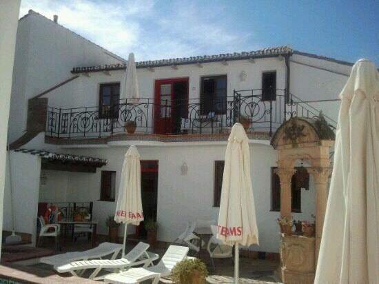 Hotel La Ciudad: Blick vom Eingang