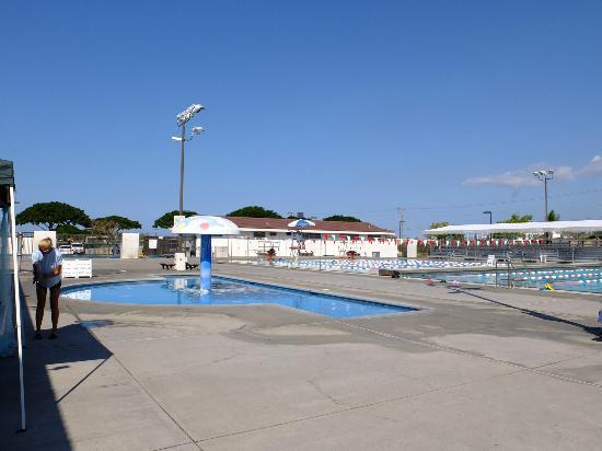 Kona Community Aquatic Center: kids pool