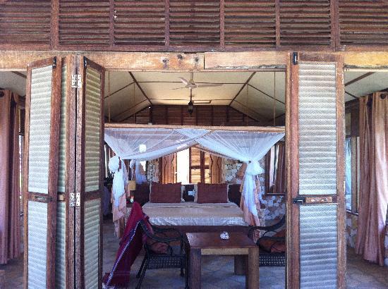 Seasons Lodge Zanzibar: The room