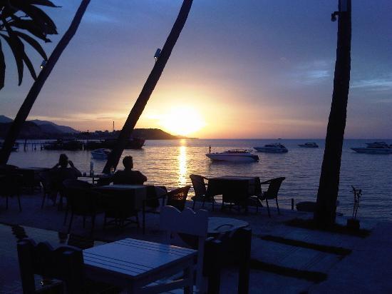 Punnpreeda Beach Resort: we miss it so nice