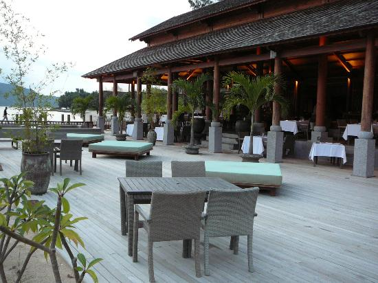 An Lam Ninh Van Bay Villas: dining area
