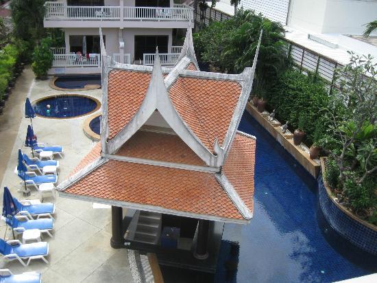 Kata Poolside Resort: Pool area
