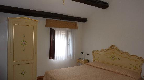 Hotel Malibran: Room 606