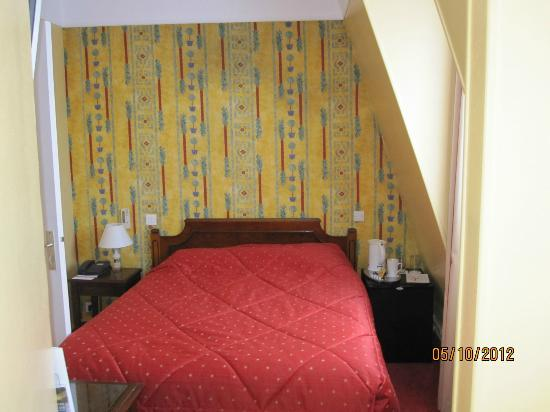 Quality Hotel Abaca Messidor Paris : Room