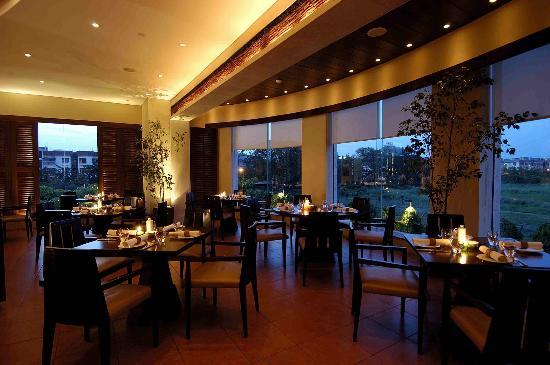 La Cucina - Italian Restaurant at Hyatt Regency Kolkata