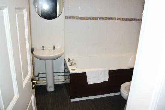 Edinburgh Central Guest House : Bathroom