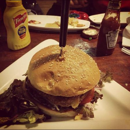 Cafe Delhi Heights: The Juicy Lucy Burger