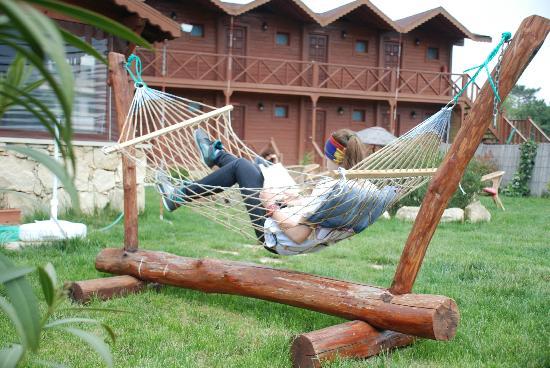 Agva Himalaya Motel: Hamak ve bahçe keyfi