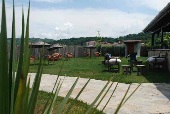 Agva Himalaya Motel: Bahçemiz