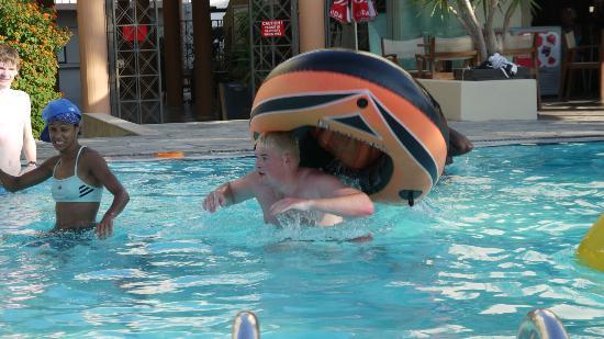 Argiri Hotel: Fun in the pool