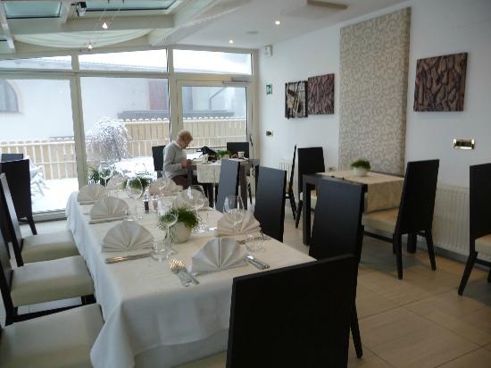 Hotel Salten: veranda -sala pranzo