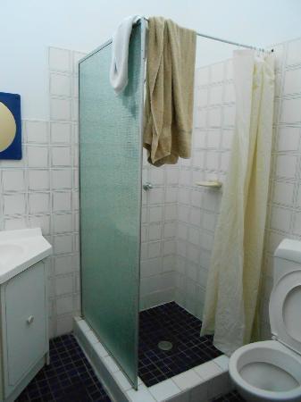 Snowy Valley Resort: Bathroom