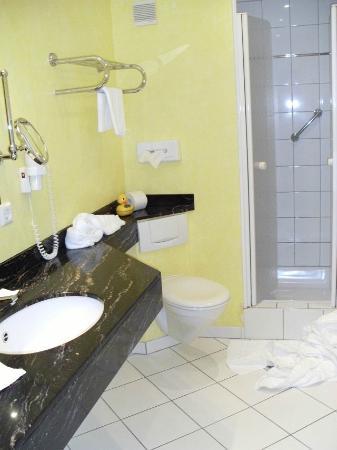 Romantik Hotel Goldene Traube: przytulna łazienka