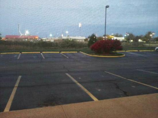 Super 8 Imlay City : View From room... boring